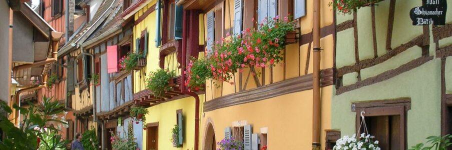 Les couleurs des maisons à colombages en Alsace